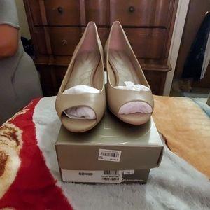 Shoes 9 1/2